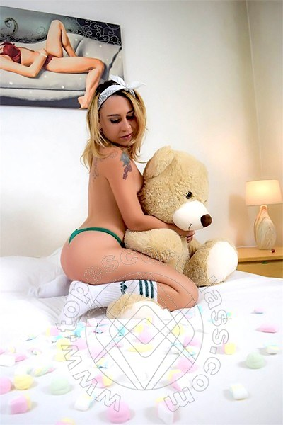 Marianna Lips  PAVIA 3892915320